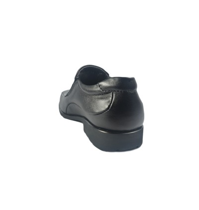 Walk About® Slip-on Shoes with Genuine Soft Cow Leather (912 050 Black 18)
